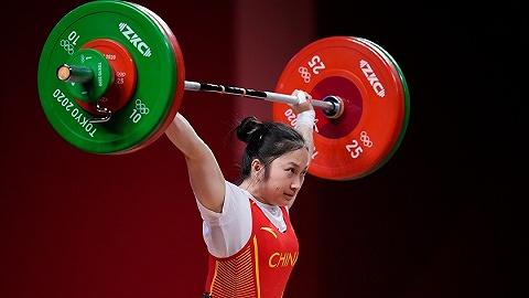 中国军团   举重女子55公斤级,廖秋云1公斤之差遗憾摘银