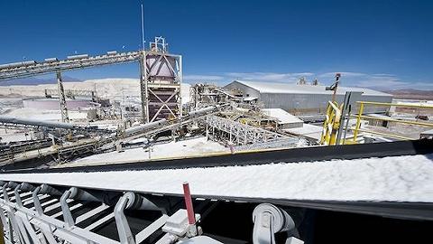 碳酸锂价破十万元大关,这些股又涨停创新高了