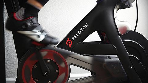 健身硬件没那么好做,Peloton推出自有品牌开始卖衣服了