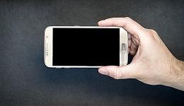 """高端手机2.0:从""""攻城""""到""""冲锋"""""""