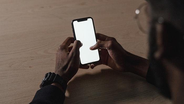 """欧亿OE代理八年带病投保""""攻防战""""后,手机碎屏险迎来盈利曙光"""