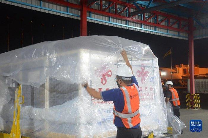 华信娱乐代理第二批中国捐赠新冠疫苗运抵文莱