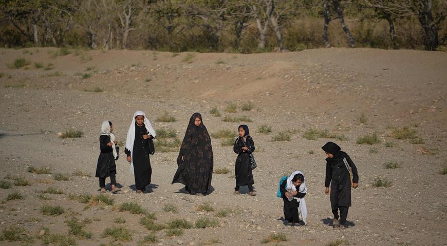 阿富汗遭遇30年来最严重旱灾:欧盟承诺10亿援助,G20同意与塔利班接触插图1