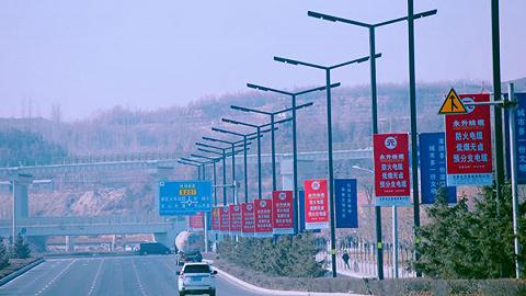 深圳中心城区道路网密度9.50千米/平方千米,全国第一