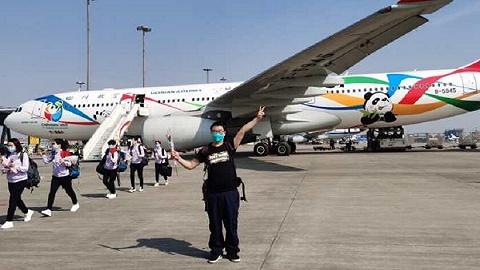凯旋,成都市五医院第三批援助武汉医疗队的唯一成员返回成都