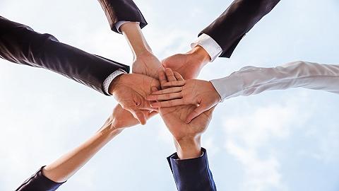 近日,市纪委监委出台《强化监督优化营商环境十二条措施》