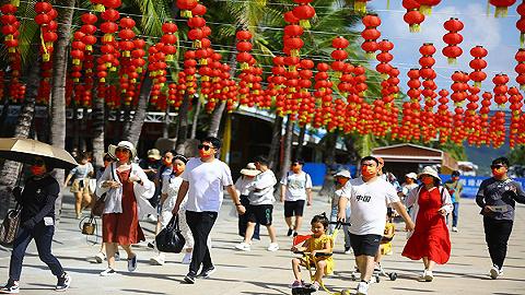 国庆假期海南多景区迎出游热潮,文明旅游成最美风景线