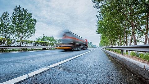 海口江东新区已开工路网基础设施项目60个